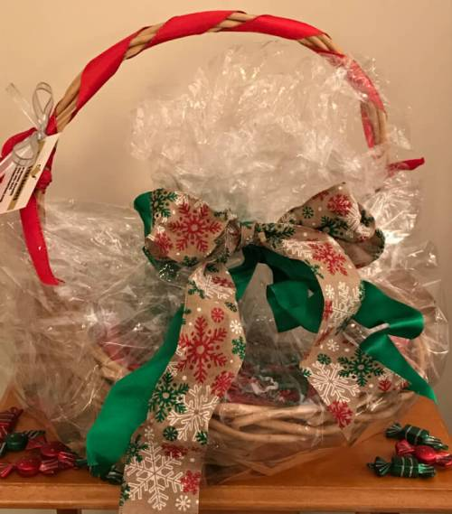 Tea Gift Basket by Susie - Festive Holiday