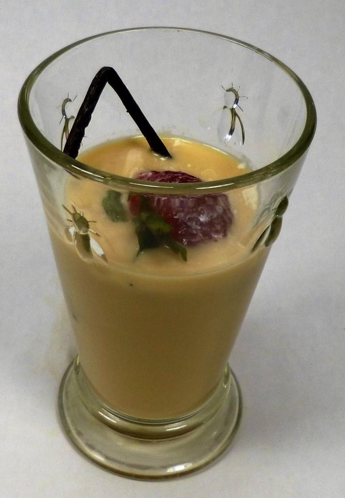 Organic Lemongrass Tea - Cold With Organic Strawberry, Vanilla, and Heavy Cream