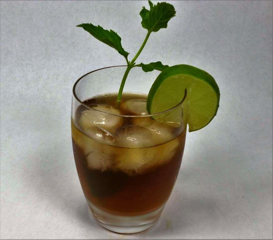 Organic Ginger Tea Iced With Mint and Lime