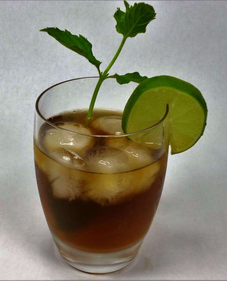 Ginger Tea Benefits - Iced Soothing With Mint and Lime
